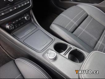 Prodám Mercedes-Benz GLA GLA 200 d 4MATIC
