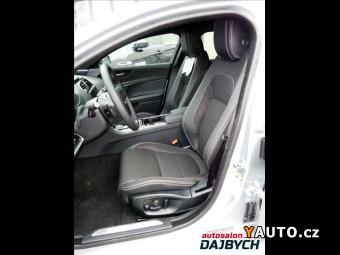 Prodám Jaguar XE 2,0 d AWD R-Sport