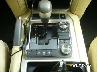 Prodám Toyota Land Cruiser 5,7 V8 EXR