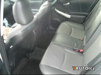 Prodám Toyota Prius 1,8 VVT-i HSD Premium Solar
