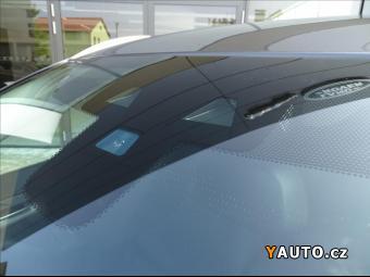 Prodám Jaguar F-Pace 2,0 20d Pure A8 AWD