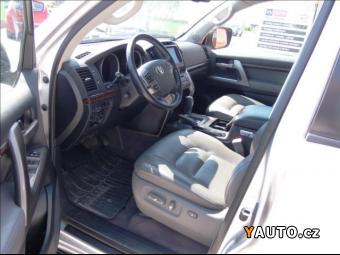 Prodám Toyota Land Cruiser 4.5 D4-D V8