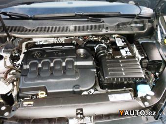 Prodám Volkswagen Touran 2.0 TDI TZ DPH ACC
