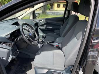 Prodám Ford Grand C-MAX 1.6 85 kW 7 míst Od 1 majitel