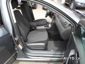 Prodám Volkswagen Passat 1.9PD 77kW TEMPOMAT, SERVISNÍ K