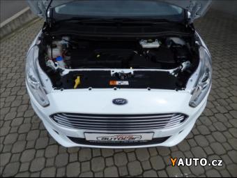 Prodám Ford S-MAX 2,0 TDCi, model 2016, park. asist