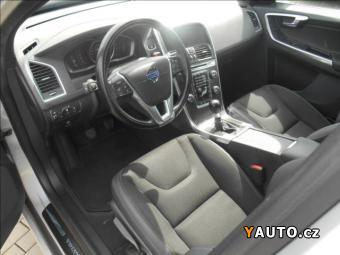 Prodám Volvo XC60 2,4 D4 AWD MOMENTUM