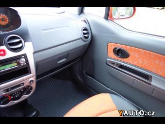 Prodám Chevrolet Spark 1,0 i, ČR, 1 MAJITEL, 16TIS. KM.