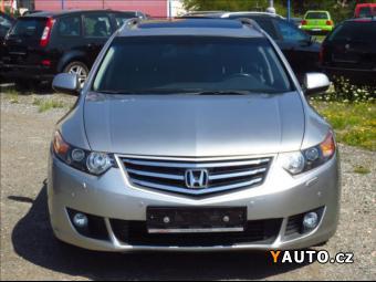 Prodám Honda Accord 2,2 i-DTEC Executive, 1. maj.