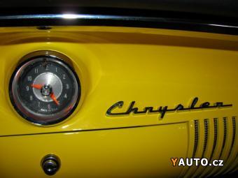 Prodám Chrysler New Yorker Deluxe