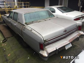 Prodám Lincoln Continental TownCar