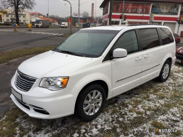Prodám Chrysler Town & Country Limited