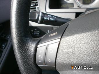 Prodám Volvo XC90 2,4 D5 AWD AUT. 7 MÍST MOMENTU