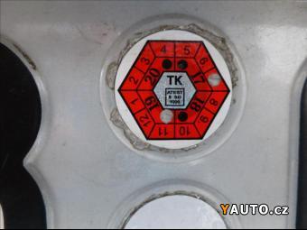 Prodám Ford Kuga 2,0 4x4, PARK. KAMERA