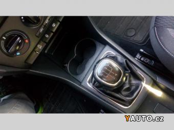Prodám Škoda Rapid Spaceback 1.6 TDI xenon