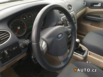 Prodám Ford Focus II 1,6i REZERVACE