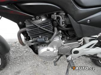 Prodám Honda FMX 650