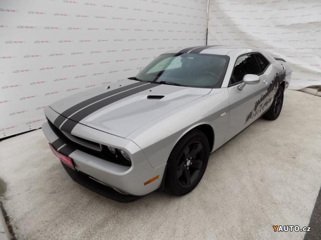 Prodám Dodge Challenger 3.6i V6 automat, kůže