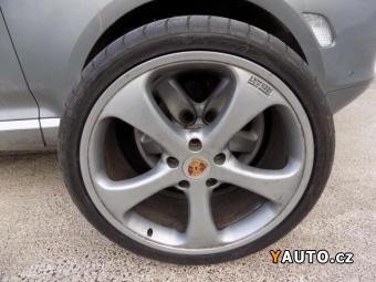 Prodám Porsche Cayenne Turbo-331kW