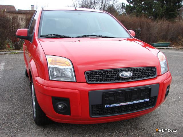 Prodám Ford Fusion 1.4i r. v. 2012 1. Maj. serviska