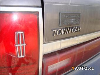 Prodám Lincoln Town Car 5.0, Automat, STK 6, 2016