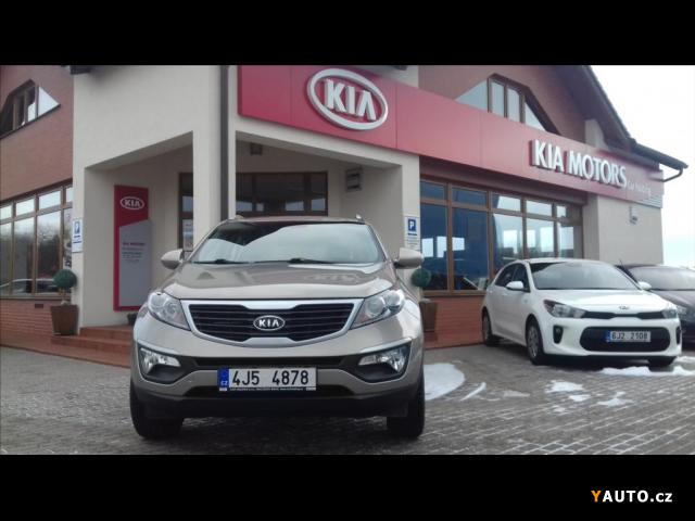 Prodám Kia Sportage 1,6 Comfort, Rezervace