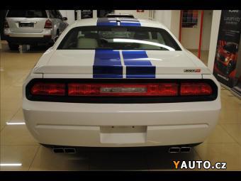 Prodám Dodge Challenger 6.4 SRT8 392