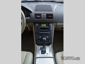 Prodám Volvo XC90 2.4 D5 AWD+MOMENTUM+ČR+