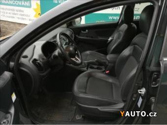 Prodám Kia Sportage 2,0 CRDI-4X4-100 KW-AUT. KLIMA