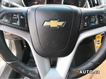 Prodám Chevrolet Cruze 1,6 KLIMA-PRAV. ZNAČKOVÝ SERVIS