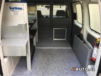 Prodám Volkswagen Caddy 1.9Tdi PD 6st. DSG Závěs 1. maj.