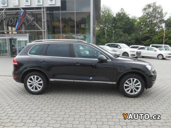 Prodám Volkswagen Touareg 3,0 TDI 4M vzduch, navi, xenon