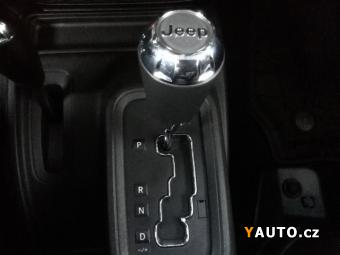 Prodám Jeep Wrangler Individual, 75 th Anniversary