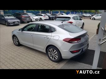 Prodám Hyundai i30 1,0 T-GDI Fastback Komofort