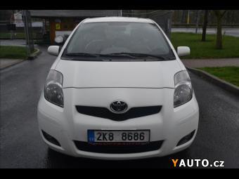 Prodám Toyota Yaris 1,3 i - 5 dveří