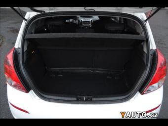Prodám Hyundai i20 1,3 i - 1. Majitel ČR - Klima