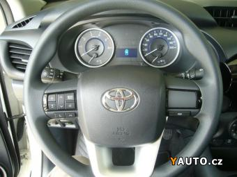 Prodám Toyota Hilux EC 12,4 D-4D 6M, T Live