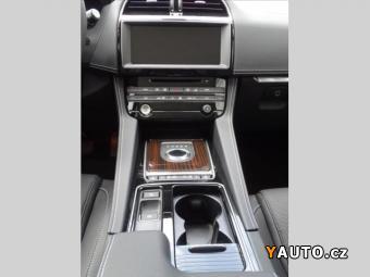 Prodám Jaguar F-Pace 3,0 AWD AT R-SP, MY18