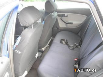 Prodám Seat Ibiza 1.2i, Servisní kniha