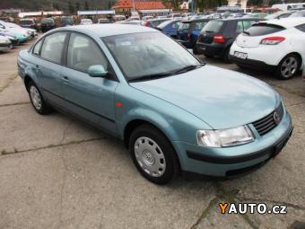 Prodám Volkswagen Passat 1,6i AUTOMAT KLIMATRONIK