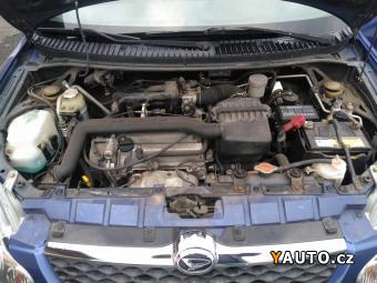 Prodám Daihatsu Sirion 1.0i 16V