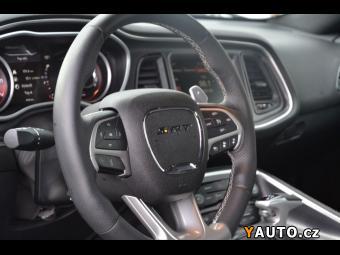 Prodám Dodge Challenger SRT 392 HEMI Automat