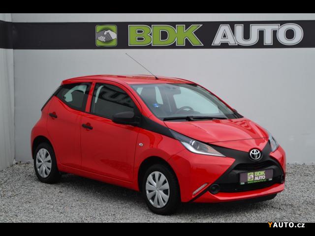 Prodám Toyota Aygo 1.0i, ČR, 5000 km, 1 maj.