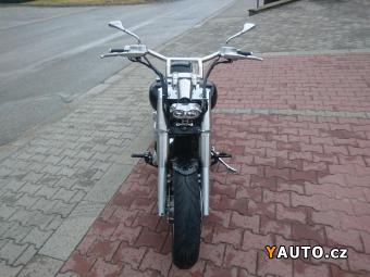 Prodám Yamaha XV 1900 Midnight Star