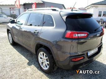Prodám Jeep Cherokee 2,4L