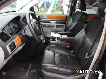 Prodám Chrysler Grand Voyager 2,8CRD stow&amp, go 7míst DVD