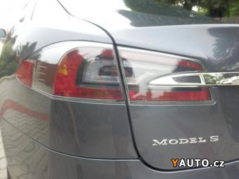 Prodám Tesla Model S S 85D 525PS V PLNÉ ZÁRUCE