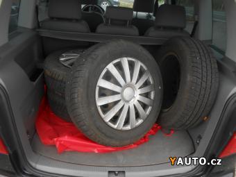 Prodám Volkswagen Touran 2.0 TDI 103 kW Historie
