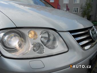 Prodám Volkswagen Touran 2.0 TDI DSG Higline, Xenon, Navi