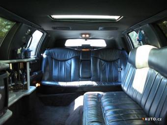 Prodám Lincoln Town Car 4, 7l, 8, 7m stretch limo
